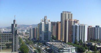 Em Alphaville, São Paulo, condomínios verticais se consolidam como opção