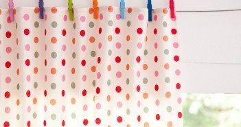 Aprenda a fazer uma incrível cortina sem costura, até mesmo reutilizando alguns materiais.