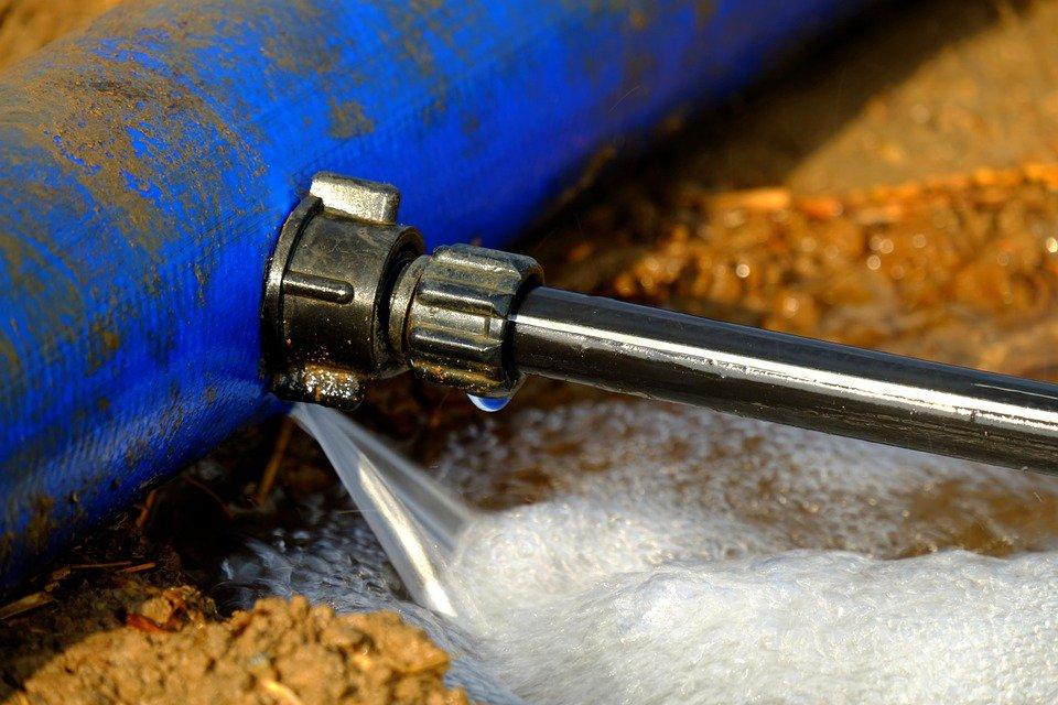 vazamento de água no imóvel