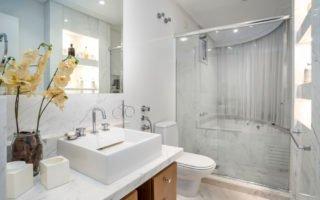 5 Maneiras de iluminar um banheiro sem janela