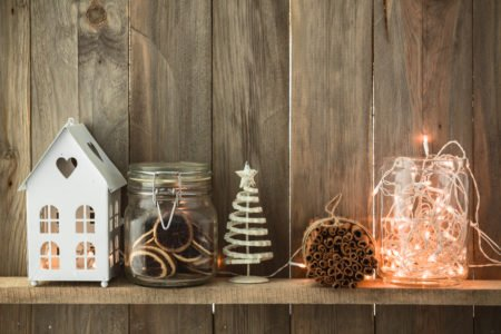 Crie os seus enfeites de Natal reutilizando materiais