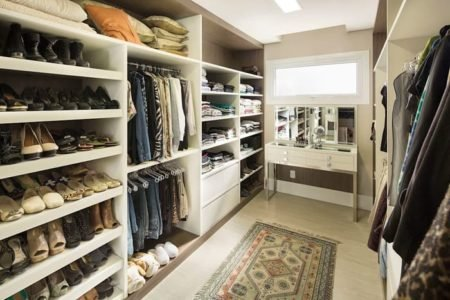 closet feminino com penteadeira