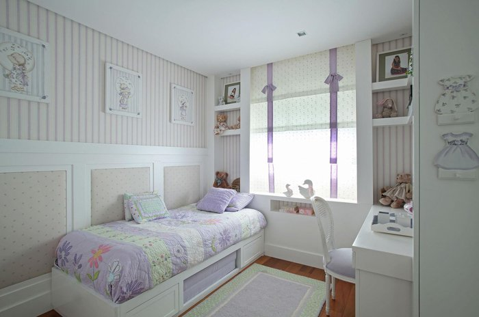 decoração de quarto infantil com lilás em branco
