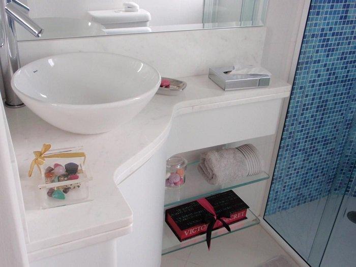 bancada de canto no banheiro